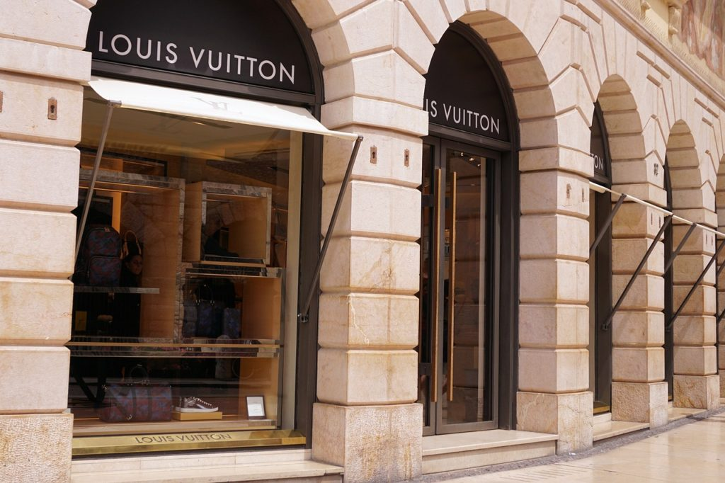 Louis Vuitton Brand Fashion Bags Fact