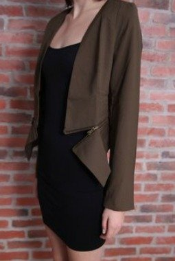 Structured jacket to wear in winter
